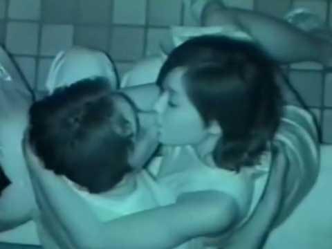 赤外線カップル盗撮!おっぱい揉まれながらうっとりするキス顔がきれいな彼女