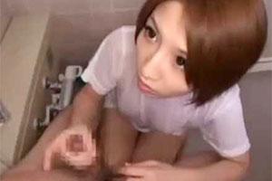 突然風呂に入ってくる痴女「ちゃんと洗わないと!」高速手コキでドクドク発射