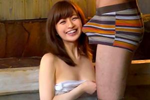 【人妻ナンパ】旅行先で知り合った美人妻と混浴温泉で2人きり!